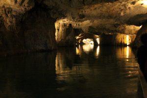 lac souterrain saint-léonard
